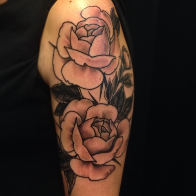 Roses today. #lappeenranta #downundertattoo #blackandgray #roses