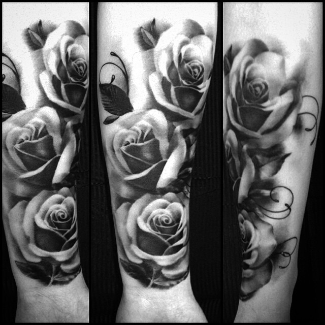 This one today.... #downundertattoo #blackandgray #rosetattoo #tatuointi #lappeenranta #marked
