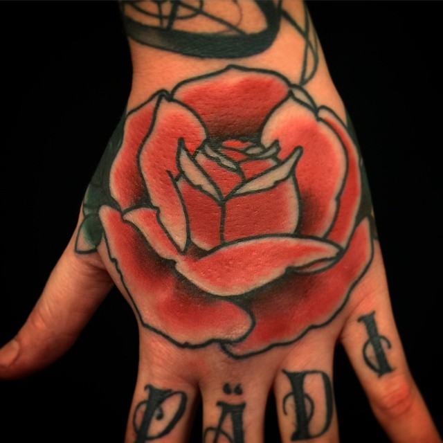 Morning handjob today. #markuskoskela #marked #tatuointi #tattooedfinland #lappeenranta #rose #downundertattoo